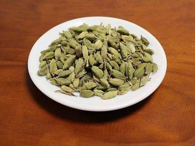 spice-kardamon-green